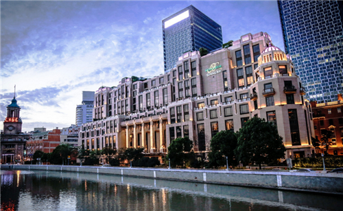 上海利银置业_\